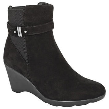 Blondo Liberata Ankle Boot