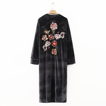 Trendy 2018 Fashion Women Vintage Back Flower Sequins Embroidery Velvet Kimono style long jacket Casual V-neck Long sleeve Loose Tops AT_94_13