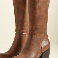 Good News and Bold News Boot in Brown   Mod Retro Vintage Boots   ModCloth.com