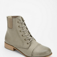 Urban Outfitters - BDG Bobbi Lace-Up Boot