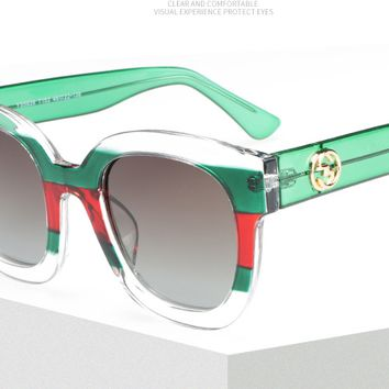Gucci   In 2018, the women's new minze 939 cool striped high quality PC glasses.