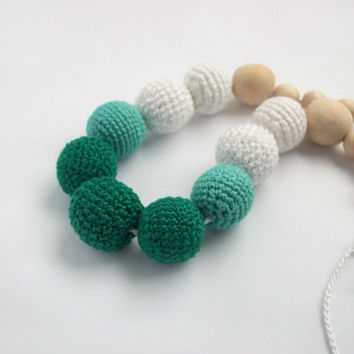 Gradient Green Breastfeeding Necklace /Yoga for children's fingers /Crochet Necklace /  Nursing / Eco-friendly jewellry