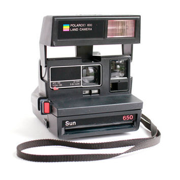 Vintage Polaroid Camera - Black 1980s 650 Land Camera 600 Series / Instant Flash Photography