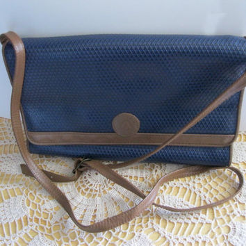 Navy Blue Liz Claiborne Leather Purse by GotMilkGlassAndMore