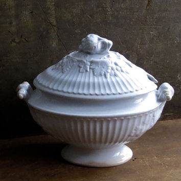 Antique Ironstone Soup Tureen, Serving Dish, Oval Shape, Dinnerware, Pedestal Base, White Iron Stone, Cottage Farmhouse Decor