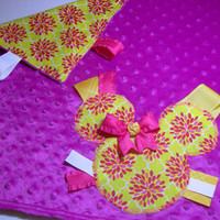 Purple & Hot Pink Minnie Mouse Embroidered Taggie Blanket