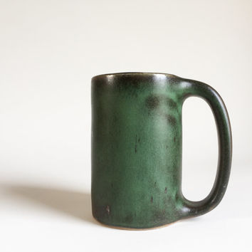 LARGE GREEN MUG 20 oz, ceramic, ceramics, pottery, handmade, coffee, tea, hot, stein, chocolate, milk, water, chai, beer, green, extra, big
