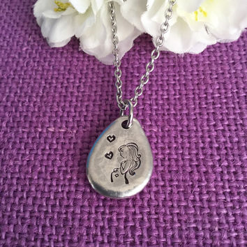 Expecting Mom Gift - Mom Jewelry - Mommy to Be necklace - Baby Shower Gift - Pregnant Mom - Pregnancy gift - celebration necklace