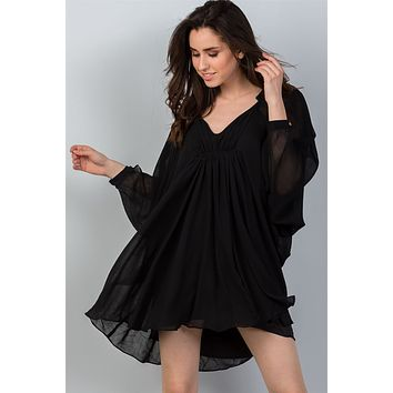 Ladies V Neckline Black Batwing Sleeves Ruched Front Mini Dress