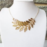 Gold Leaf Statement Necklace, Choker, Pendant Necklace, Wedding Jewelry, Bridesmaid, Bridal Jewelry, Personalized, valentine gift