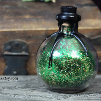 Pixie Fairy Dust Potion Bottle - CUSTOM tag and color - glitter faerie magic mana potion - black wax seal gothic alchemy apothecary - LARGE