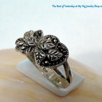 On SALE Sterling Hearts Ring Opposite Hearts Layered Leaves Size 7