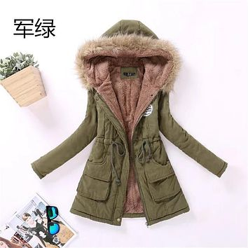 2017 Women Casual Thick Warm Hooded Wool Liner Plus Velvet Cotton  for Women Outwear Silm Parkas Long Inverno Jacket