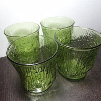 Vintage Pagoda Avocado Green Glasses with Tree Bark/Bamboo Pattern - Anchor Hocking - Set of 4 Glasses - Mid Century Modern