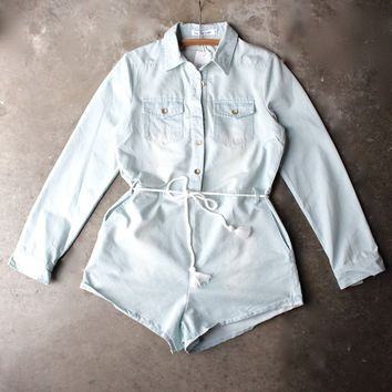 toby heart ginger - romper in light chambray
