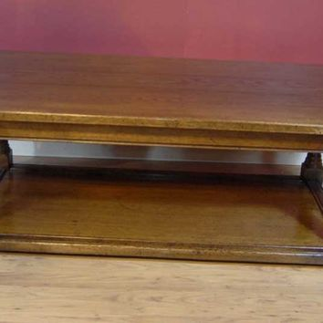 Canonbury - English Arts & Craft Pollard Oak Coffee Table Tables