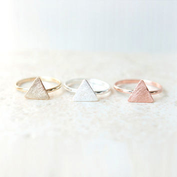 Textured Triangle Ring / Adjustable ring / Choose your color / gold, silver and pink gold