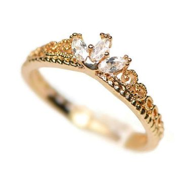 CREYXF7 Yellow Gold Dainty Princess Crown Ring