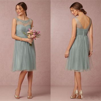 New Knee-length Tulle Bridesmaid Dresses For Summer Garden Beach Wedding Short Illusion Lace Scoop Maid of Honor Gown