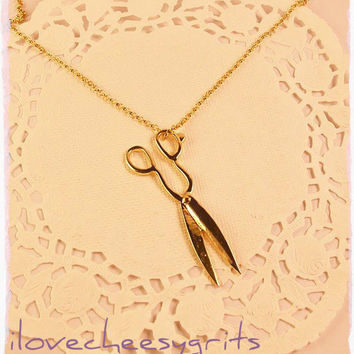 BEAUTY~ Gold Shears Necklace for Hairstylist, Hairdresser, Barber. Long chain w Scissors.