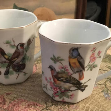 Vintage Japanese Tea Cups with Bird Scenes, Porcelain Coffee Cups, Japanese Coffee Cup, Gold Rim, Octagonal Shaped Cups, Bird Art, Bird Mugs