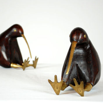 Kiwi Bird Bookends, Vintage Bookends, Hand Carved Wood and Brass, Solid Wood, Sculpture, Native, Mati Wood, New Zeland, Bird Sculpture