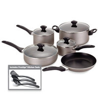 Farberware® Aluminum Nonstick 12-Piece Cookware and Skillet Sets - Champagne