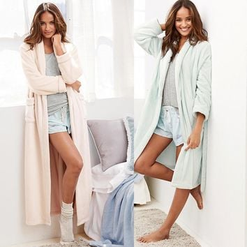 The new autumn and winter Ms. thick flannel nightgown lengthened Ouma bathrobes solid color simple [9093784970]