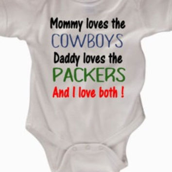Mommy loves the Cowboys, Dadd loves the Packers and I love both! Divided house, football, divided baby, Green Bay Packers ,Dallas Cowboys