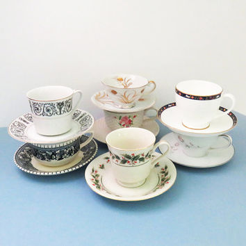 Vintage mismatched tea cups coffee cups and saucers (7 sets) - Unique wedding favors bridal-party favors - Instant tea set collection