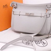 Auth HERMES Square O(2011) Jypsiere 28 Shoulder Bag Pearl Gray *UNUSED* - e34410