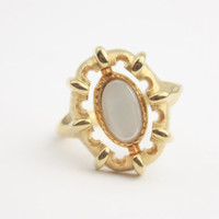 Vintage Gold Tone Cabochon Flip Ring - Signed Avon
