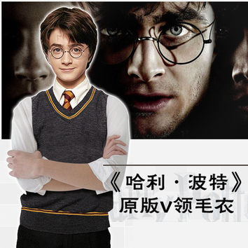 2017 Attack On Titan Disfraces Winter New Harry Potter V Neck Sweater Explosion Gryffindor Cos Men And Women The Same Paragraph
