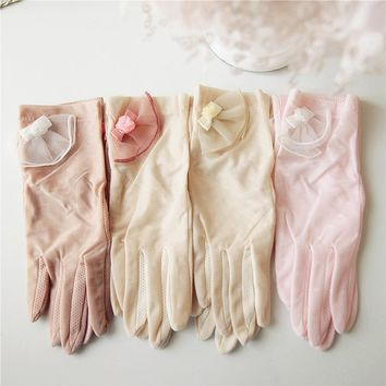 2017 NEW Women Sunscreen Gloves Sweet Lace Elegant Lady Summer Glove Non-Slip Anti-UV Cotton Dots Driving Gloves T207