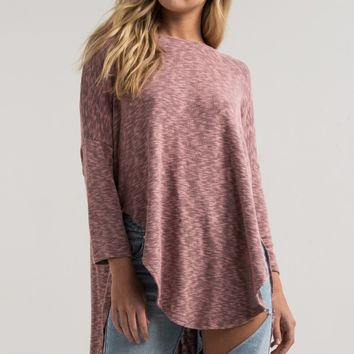 AKIRA Black Label Soft Raglan Sleeve Loose Fit High Low Sweater in Mauve