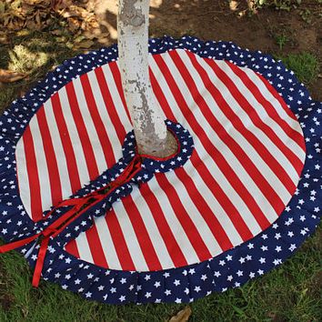 40 to 70 Patriotic Tree Skirt Christmas Tree Skirt Red and White tree Skirt Ready To Ship EXPRESS SHIPPING