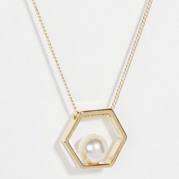 Gold Plated Bee Nest Faux Pearl Stylish Fashion Necklace Jewelry