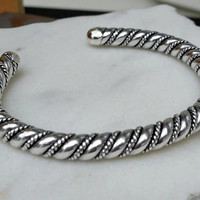 Vintage Native American Sterling Silver Twisted Rope Cuff Bracelet 38 Grams - Navajo / Southwest / Boho Chic / Classy / Gift