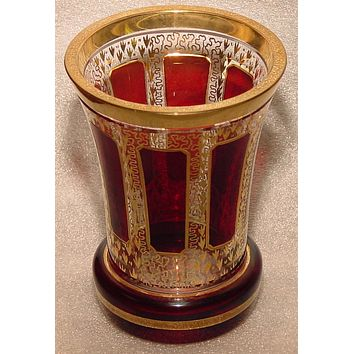 844010 8 Ruby Flashed Panels With Gold Filigree Around, Gold Rim & Lines