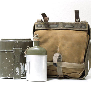 SWISS ARMY Bag 1943, Military Bread Bag, WW2 Canvas Messenger Bag, Haversack, Food Canister, Water Flask, Fishing, Made in Switzerland