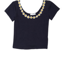 Daisy-Trim Short-Sleeve Top