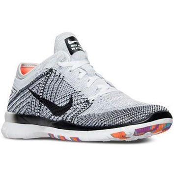NIKE WOMENS FREE TR FLYKNIT TRAINING SNEAKERS
