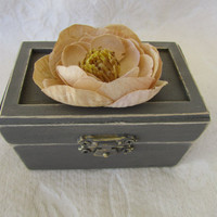 Rustic Neutral Gray Vintage Victorian Style Wedding Ringbearer Pillow Box with Tan Flower