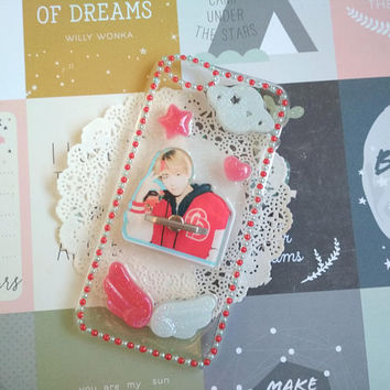 Kim Taehyung V - BTS bangtan boys kpop decoden phone case Iphone 6 - Iphone 6s rhinestones DNA (Free phone case with this purchase !)