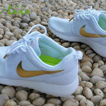 meet 97d9c 2db84 Custom Nike Roshe Run athletic running shoes White with Gold Line