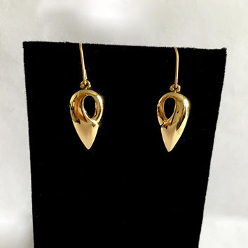 Elegant Gold Filled Modernist Dangle Earrings on French Hooks by Tempo, Light, Comfortable, Tear Drop Shaped Earrings