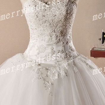 Retro Beads Crystal White Lace Applique Strapless Ball Gown Long Wedding Celebrity Dress,Tulle Evening Party Prom Dress New Homecoming Dress