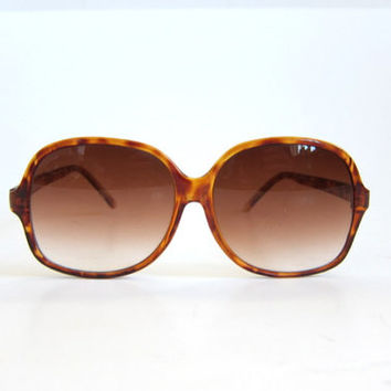 Vintage Opti Ray sunglasses. Mexico sun glasses. big lens in tortoise shell. large frames