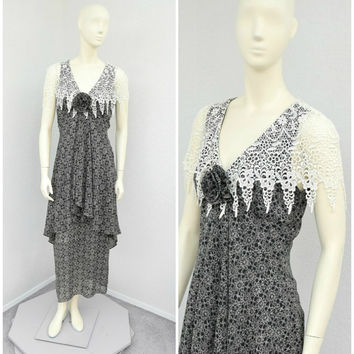 Vintage 80s Does 20s Jessica McClintock Black and White Floral Maxi Dress, Crochet Lace Cape Collar, Long 3D Flower Tiered Dress, Size S M