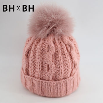 New pattern solid casual knit hat for lady warm crochet in autumn winter skullies&beanies women hat with soft Fur Pom BH-B2601